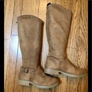 TAN RIDING BOOTS FAUX SUEDE SOFT   OLD NAVY  7 NEW
